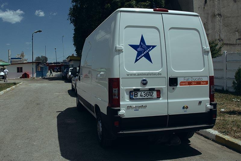 Der von Animalstar gestiftete Fiat, der in Botosani beim illegalen Hundetransport aufgebracht wurde